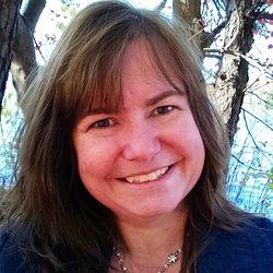 Lena Goldfinch Author Pic